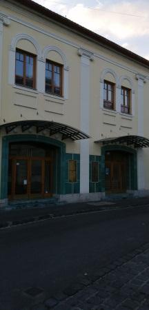 Baja színház