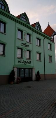 Bajai hotelek - Hotel Elizabeth
